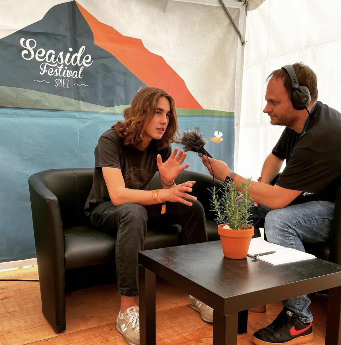 Julian Brown im Vinylopresso Interview